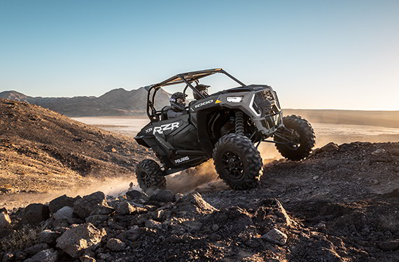slide /fotky28961/slider/rzr-xp-1000-design-lg.jpg